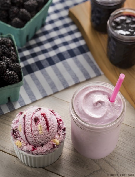 berry-ice-cream food photo