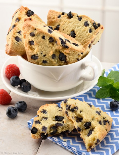blueberry scone food image