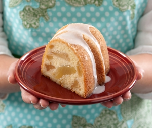 food photography of bunt cake