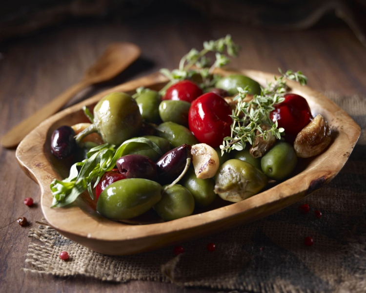 food photography of olives